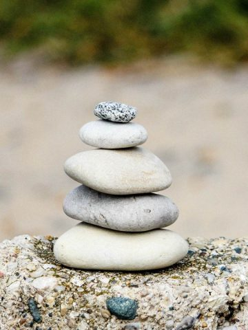 BE A STANDING STONES