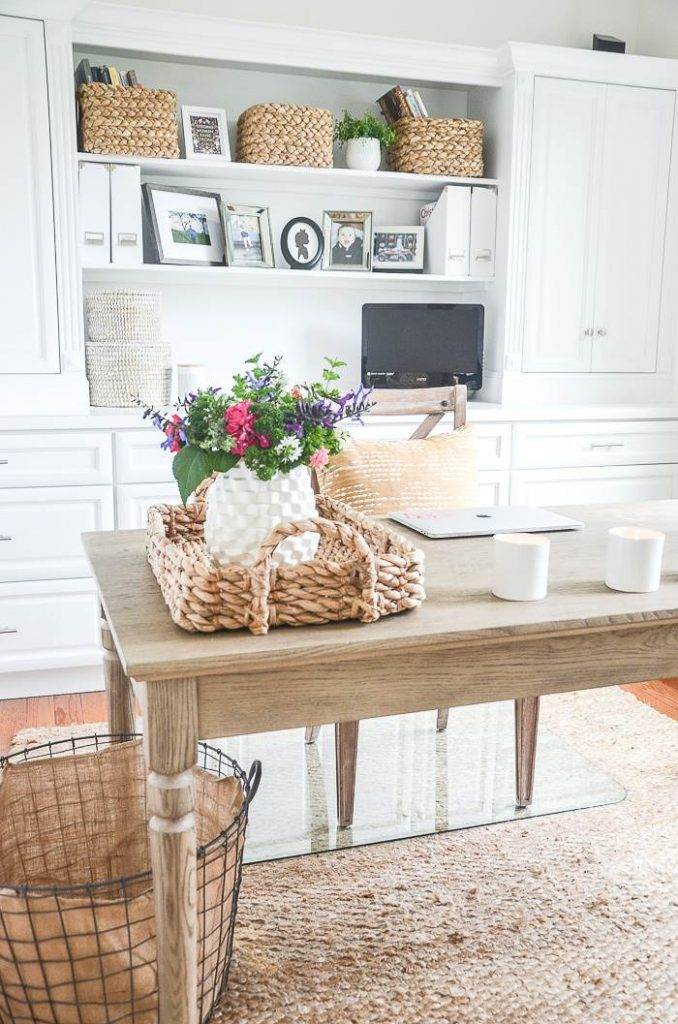 OFFICE USING EASY DECORATING IDEAS