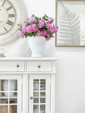 8 COLOR LESSON DECORATORS YOU NEED TO KNOW