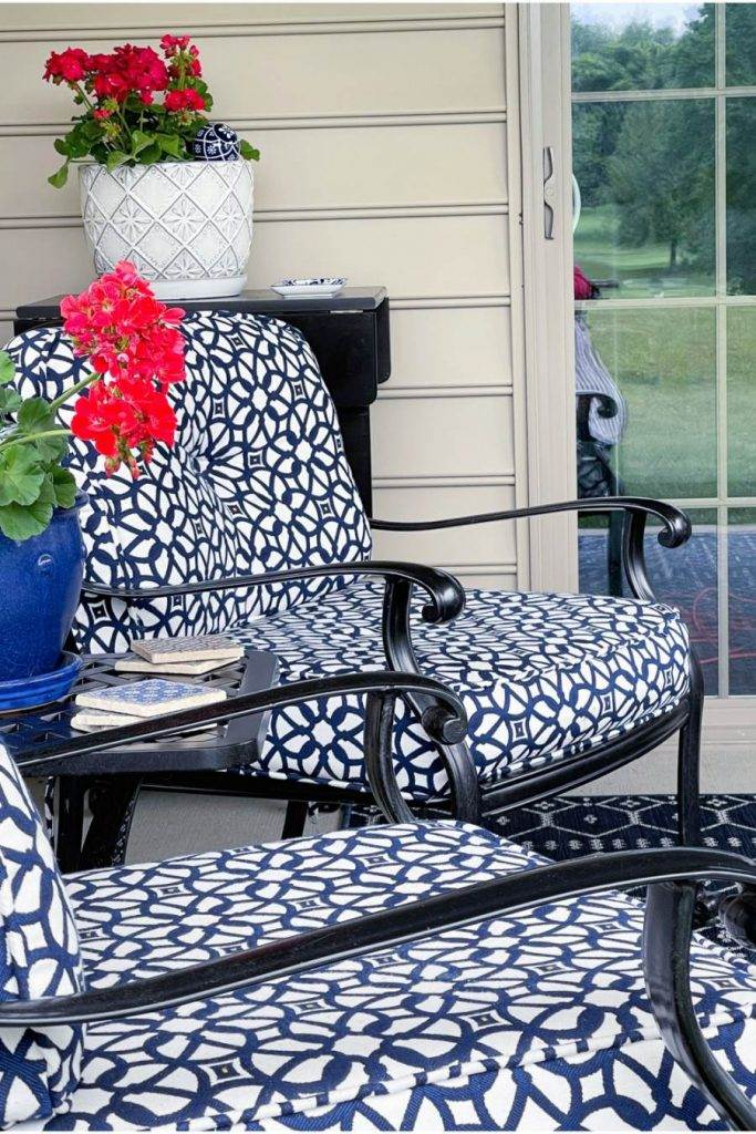 CHAIRS ON A PATIO