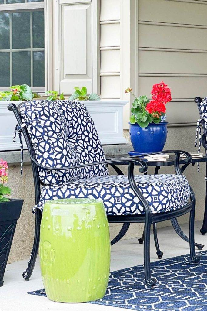 BLUE AND WHITE CHAIRS ON A PATIO