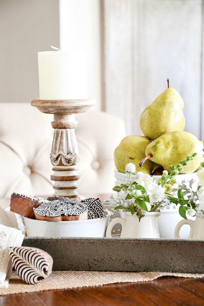 vignette for fall using pears