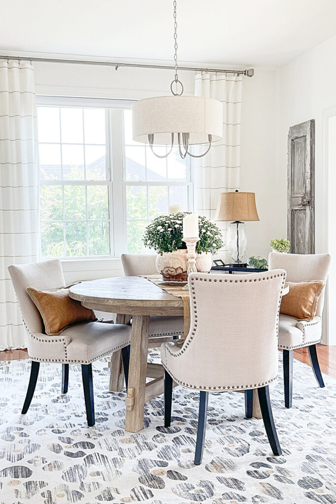 FALL DECORATING IDEAS IN THE DINING ROOM