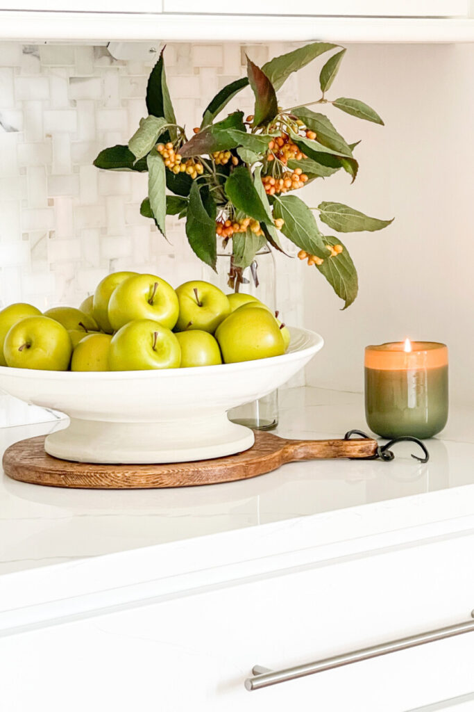 APPLES IN A BIG WHITE BOWL